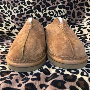 UGG Shoes - Men's UGG Chestnut Slippers